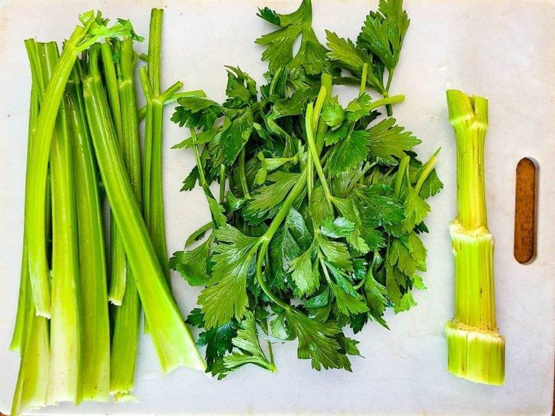 organic leaf celery